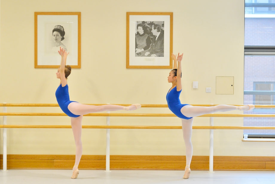 Um dia no Royal Ballet Academy